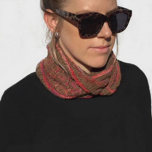 Mosaic Cowl Misty Chocolate