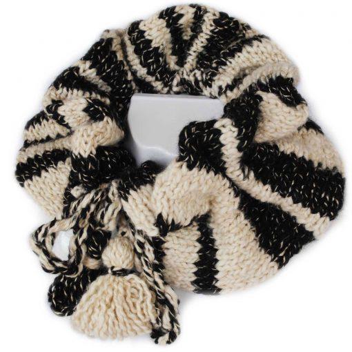Alpaca Ruffle Cowl Black and White